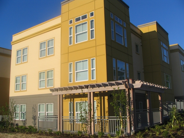 THE GENESEE APARTMENTS