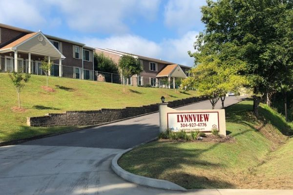 LYNNVIEW APARTMENTS
